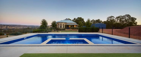 seemless-view-pool-fencing-perth